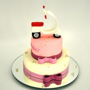 Tortas ir Vespa